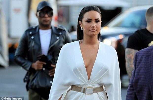 Di Caprio, J-Lo và dàn sao khủng đến xem trận Mayweather - McGregor - Ảnh 1.