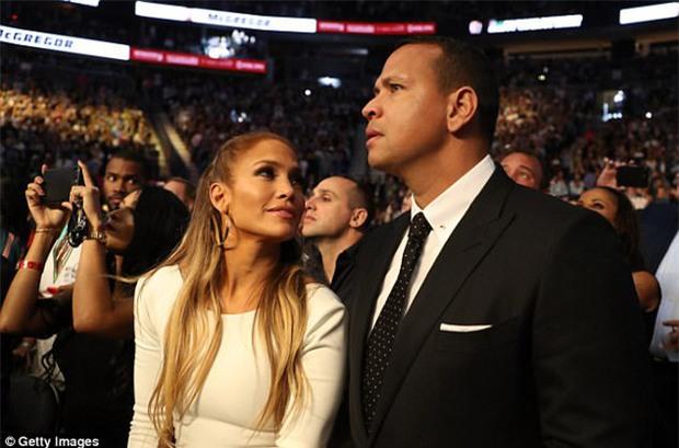 Di Caprio, J-Lo và dàn sao khủng đến xem trận Mayweather - McGregor - Ảnh 3.