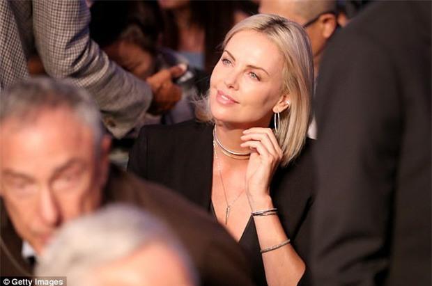 Di Caprio, J-Lo và dàn sao khủng đến xem trận Mayweather - McGregor - Ảnh 4.