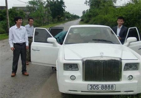 Siêu xe Rolls-Royce Phantom tự chế của người Việt lên báo Tây  - Ảnh 5.