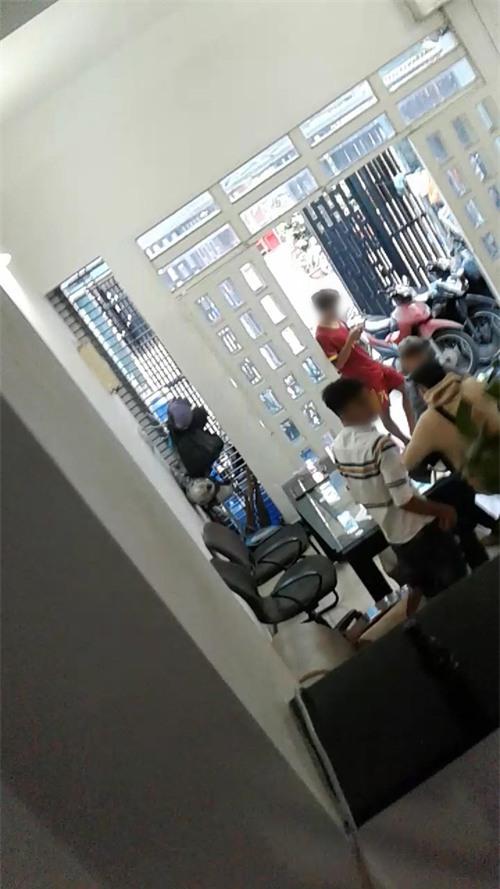 Lật tẩy thủ đoạn chủ nhà trọ dùng hợp đồng ma lừa tiền đặt cọc của sinh viên ở Sài Gòn - Ảnh 5.