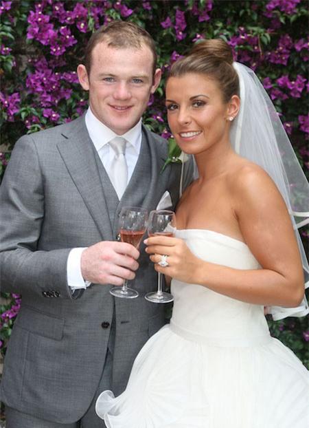 Đến năm 2008, Coleen và Wayne Roneey đã tổ chức một hôn lễ trong mơ và chuyển tới sống tại một biệt thự sang trọng trị giá tới 1.3 triệu bảng Anh ở Formby, Merseyside.