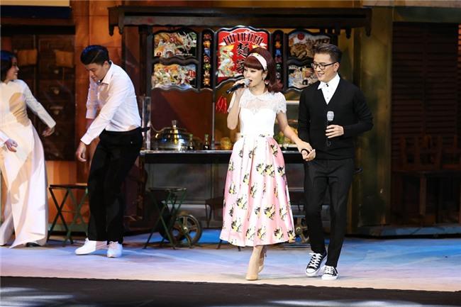 Khán giả rùng mình khi Đàm Vĩnh Hưng làm mới ca khúc bằng nhạc đám ma-2