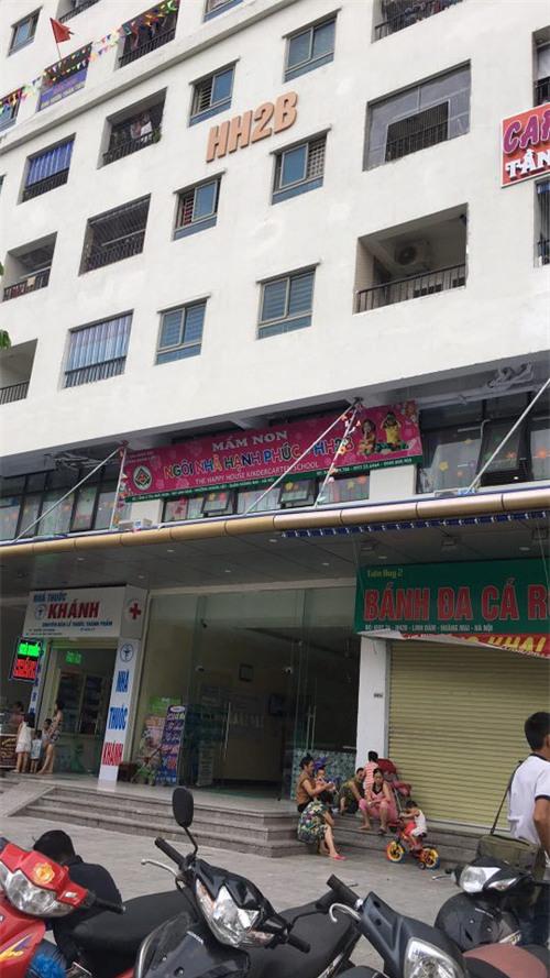 Cô gái ném dao thớt từ tầng 11 chung cư Linh Đàm có biểu hiện trầm cảm sau sinh - Ảnh 2.