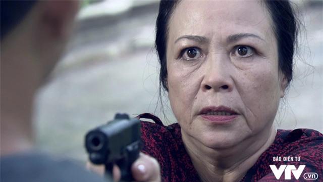 """Người phán xử - Tập 46: Bà trùm mất mạng, Phan Thị nguy khốn """"giữa muôn trùng vây"""" - Ảnh 5."""