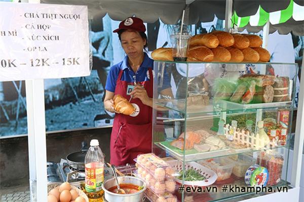 can canh thien duong mon an ngon - bo - re tai pho hang rong dàu tien ỏ sai gon - 2
