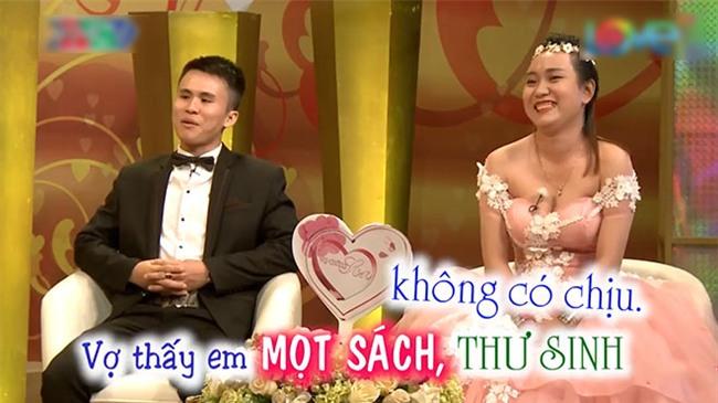 """cap """"chong me dien tu, vo thi luoi nhac"""" ke chuyen tan hon trong sang, chang dam lam gi - 3"""