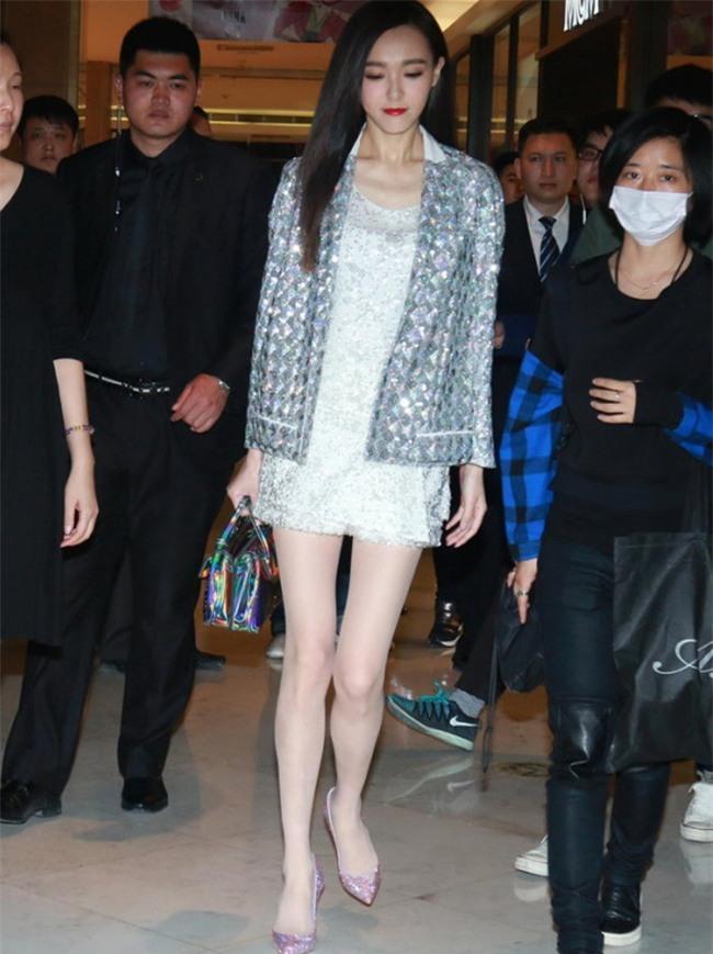 Nhiều khi phụ nữ béo không xấu, mà gầy mặc đồ mới thành thảm thê-3