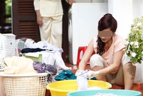 Con dâu sinh non tố mẹ chồng mải bán buôn không chăm sóc, đẻ xong về nhà tự giặt đồ, nấu cơm - Ảnh 3.