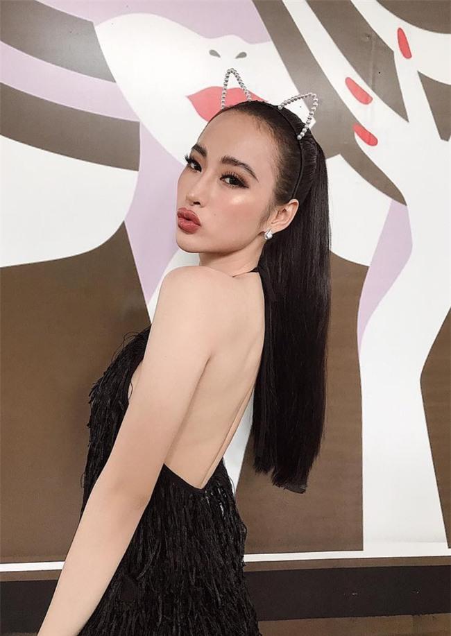 Không chỉ phong cách, môi của Angela Phương Trinh cũng biến thành Kylie Jenner mất rồi - Ảnh 8.