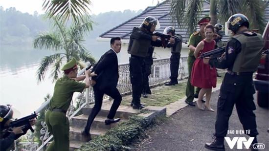 Người phán xử tập cuối: Phan Quân bắn chết Lê Thành, Bảo Ngậu lật đổ Phan Thị-4