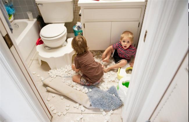 Điểm danh những thứ gây ra tai nạn trẻ em mỗi ngày ngay trong nhà bạn - Ảnh 1.
