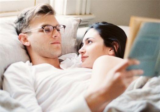 Cách giữ lửa tình yêu hiệu quả không cần động chạm các cặp đôi nên thử - Ảnh 1.