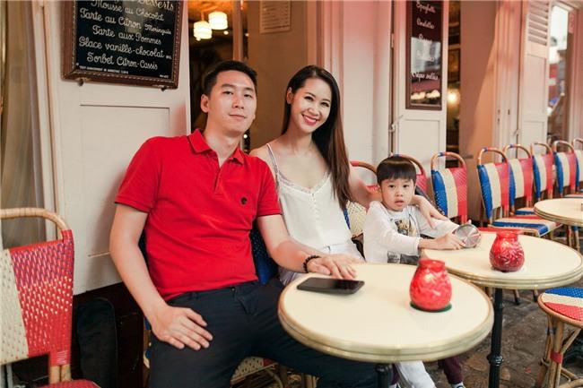 MC Dương Thùy Linh: Con trai tôi được hưởng nhiều thứ không thua Hoàng tử George-5