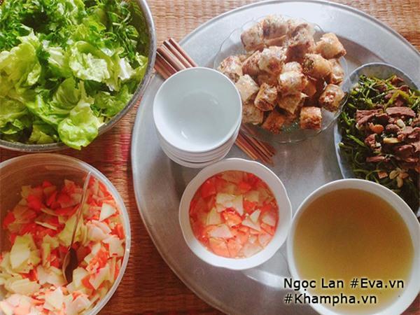 Mẹ 9x Thanh Hóa khoe những mâm cơm quê giản dị mà đề huề hút nghìn like - Ảnh 10.