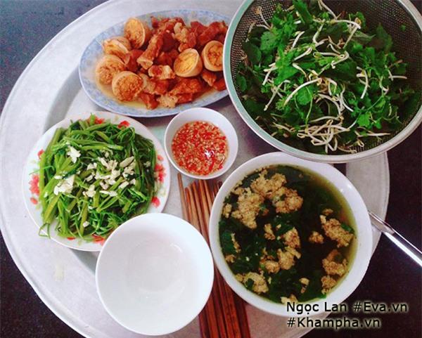 Mẹ 9x Thanh Hóa khoe những mâm cơm quê giản dị mà đề huề hút nghìn like - Ảnh 9.