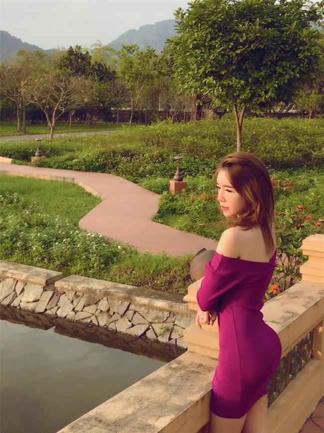 Ngay cả những người đẹp có vòng 3 nóng bỏng nhất cũng chưa chắc so bì được với Angela Phương Trinh - Ảnh 21.