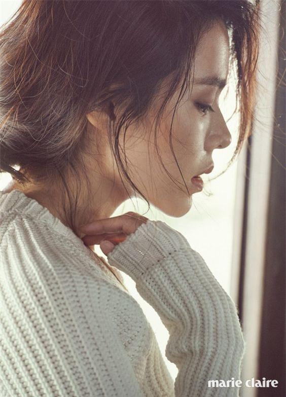 Quên 10 bước dưỡng da đi, So Ji Jin chỉ làm có 3 bước mà luôn lọt top mỹ nhân không tuổi của Hàn đấy - Ảnh 1.