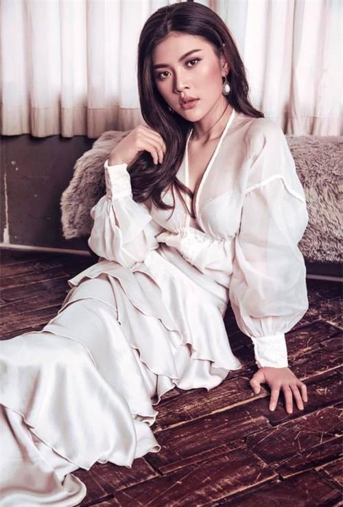 Chúng Huyền Thanh, Cao Thiên Trang, hoa hậu hoàn vũ việt nam 2017