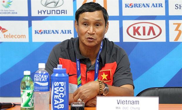 Vì sao bóng đá Việt Nam nên thuê thầy ngoại? - Ảnh 1.