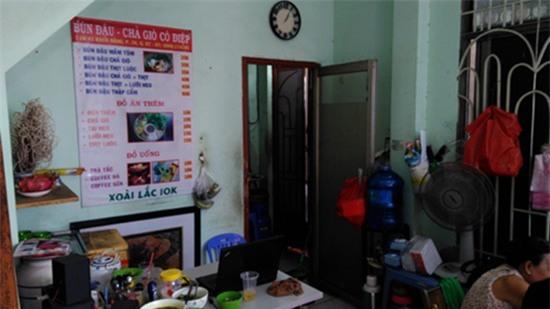 Thăm quán bún đậu và nơi ở đạm bạc của gia đình Đông Hùng - Ảnh 4.