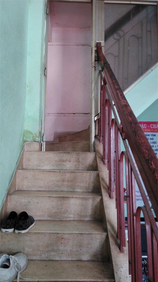 Thăm quán bún đậu và nơi ở đạm bạc của gia đình Đông Hùng - Ảnh 8.