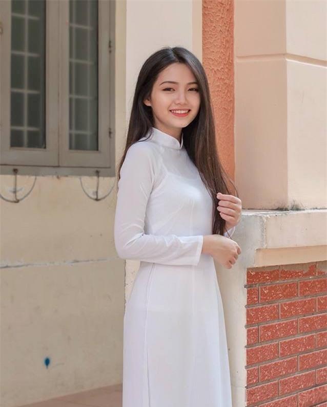 Hot girl Vung Tau 12 nam hoc gioi nho la fan Kpop hinh anh 3
