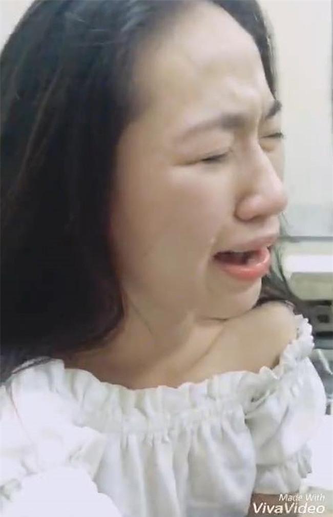 Nghe chàng trai nói không được lấy vợ vì nghèo, cô gái vừa khóc tức tưởi vừa nâng chén tiêu sầu - Ảnh 5.