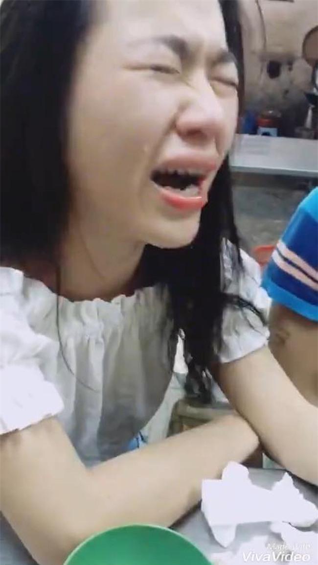 Nghe chàng trai nói không được lấy vợ vì nghèo, cô gái vừa khóc tức tưởi vừa nâng chén tiêu sầu - Ảnh 6.