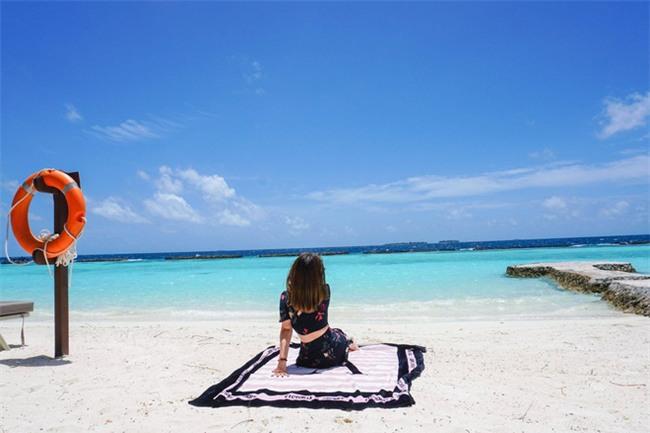 """Hường Chuối – Hotmom 9x cùng bạn trai giấu mặt ngao du """"Thiên đường Maldives"""" hết 85 triệu - Ảnh 12."""