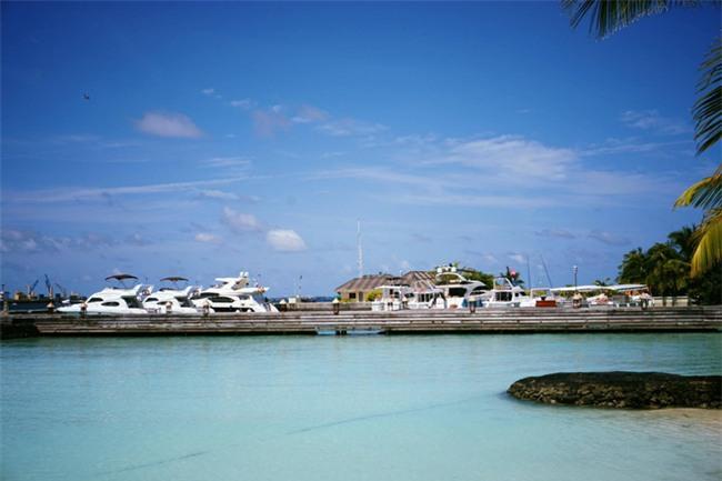 """Hường Chuối – Hotmom 9x cùng bạn trai giấu mặt ngao du """"Thiên đường Maldives"""" hết 85 triệu - Ảnh 15."""
