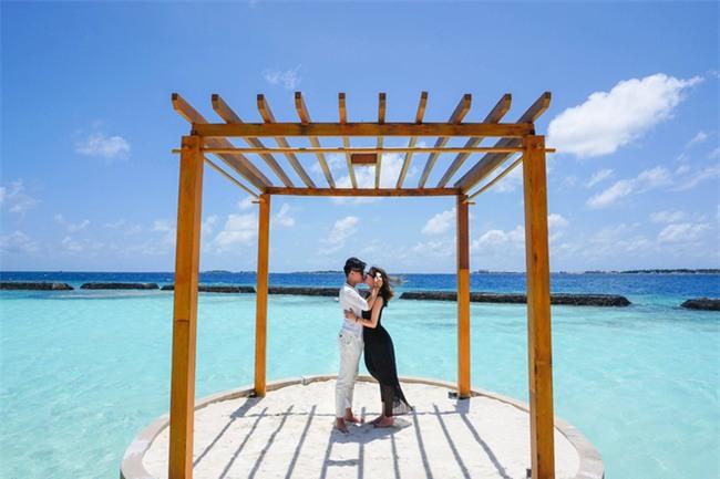 """Hường Chuối – Hotmom 9x cùng bạn trai giấu mặt ngao du """"Thiên đường Maldives"""" hết 85 triệu - Ảnh 19."""