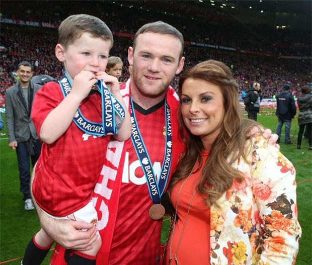Coleen cân nhắc ý định ly dị Rooney - Ảnh 2.