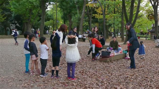 """Học cha mẹ Nhật kích thích """"hoóc môn hạnh phúc"""" cho con bằng những việc cực kì đơn giản - Ảnh 4."""
