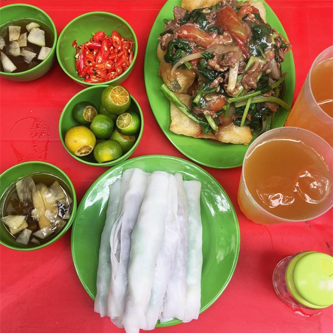 8 món ăn dân dã khách Tây hay rỉ tai nhau phải nếm khi đến Hà  Nội - Ảnh 9.