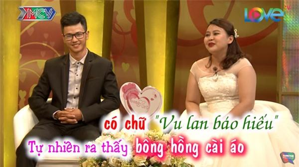 """cuoi te ghe chuyen chong mang hoa co chu """"vu lan bao hieu"""" tang vo ngay tan tinh - 13"""