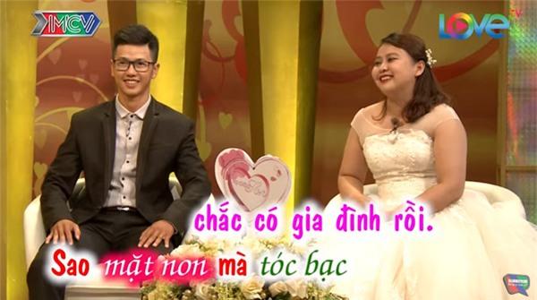 """cuoi te ghe chuyen chong mang hoa co chu """"vu lan bao hieu"""" tang vo ngay tan tinh - 6"""