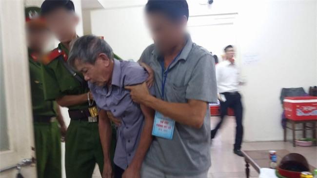Cụ ông 79 tuổi hiếp dâm bé gái 3 tuổi ở Hà Nội nhận mức án 8 năm tù, bồi thường 33 triệu đồng - Ảnh 5.