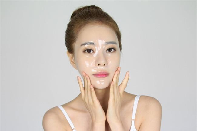 Đắp mặt nạ giấy hàng ngày giống Phạm Băng Băng, nhưng bạn phải lưu ý những điều sau để không mất tác dụng - Ảnh 2.