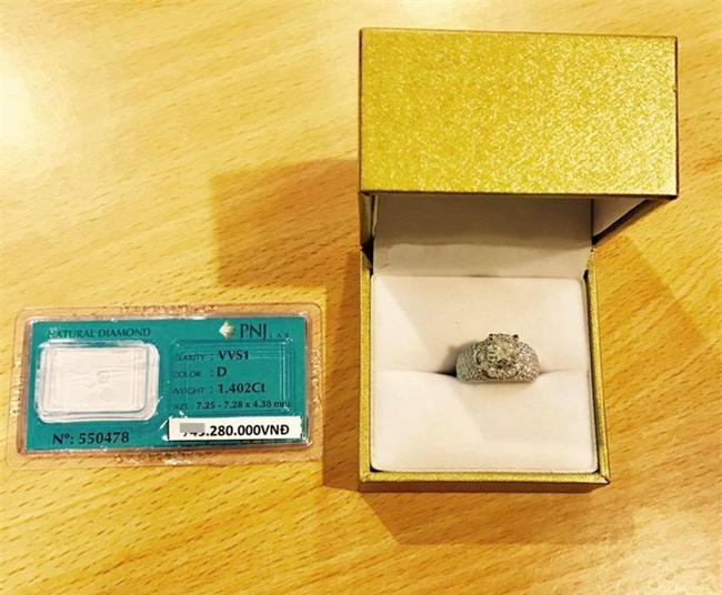 Ghen tị với cuộc sống xa hoa của cô vợ Đà Nẵng được tặng nhẫn kim cương, đi siêu xe 7 tỉ - Ảnh 7.
