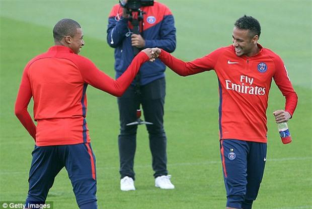 Tam tấu Cavani - Neymar - Mbappe giúp PSG lập thành tích chưa từng có trong lịch sử đội bóng - Ảnh 3.