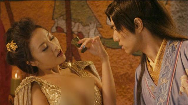 Hoàng hậu xấu xí nhất mọi thời đại và câu chuyện mỗi đêm một người tình, thỏa mãn xong là giết - Ảnh 4.
