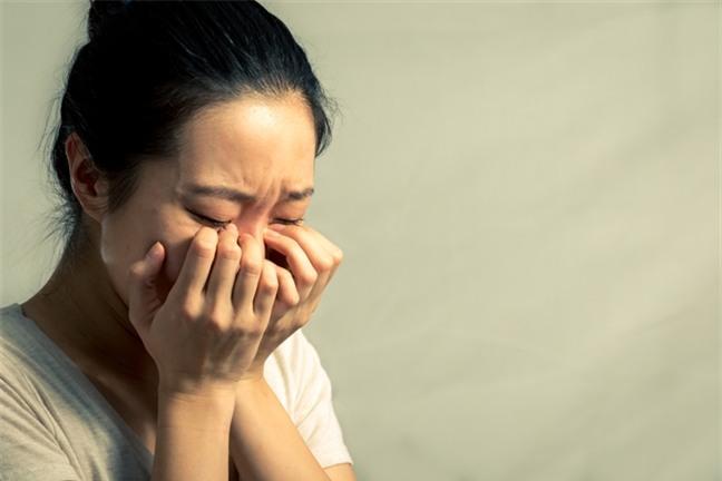 Chồng ngoại tình, vợ khiến chồng phải hối hận, khóc lóc xin lỗi mà không cần đánh ghen ầm ĩ - Ảnh 1.
