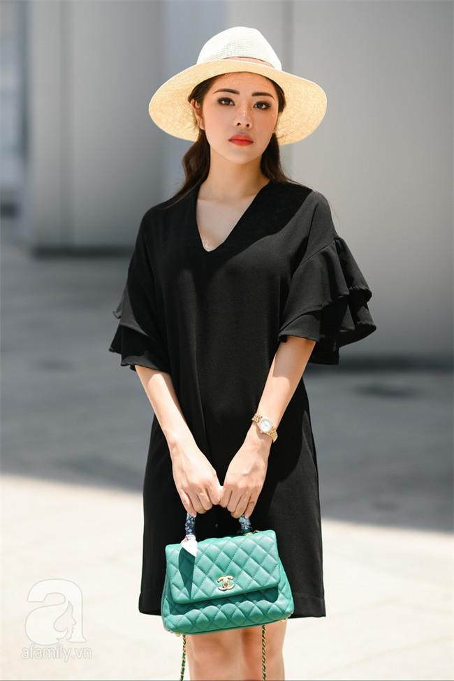 Thời tiết ẩm ương nhưng các quý cô miền Bắc vẫn mặc đẹp hết sảy trong street style tuần này - Ảnh 9.