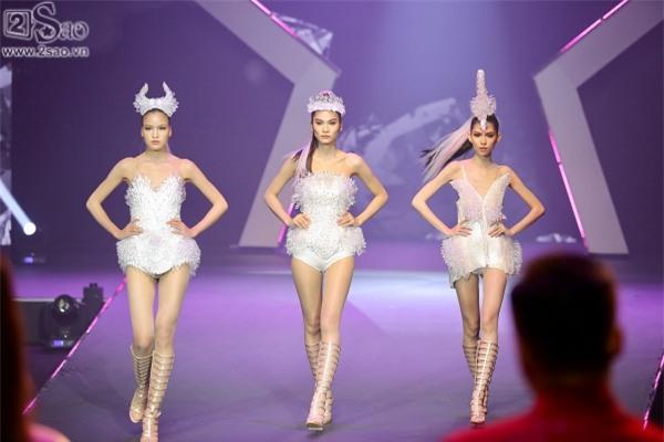 Kim Dung đăng quang Vietnam's Next Top Model 2017 trong niềm sung sướng của... Thùy Dương-7