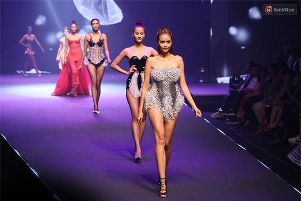 Cả mùa hấp dẫn kết thúc bởi đêm Chung kết đầy sạn, Vietnams Next Top Model đang đùa khán giả à? - Ảnh 3.