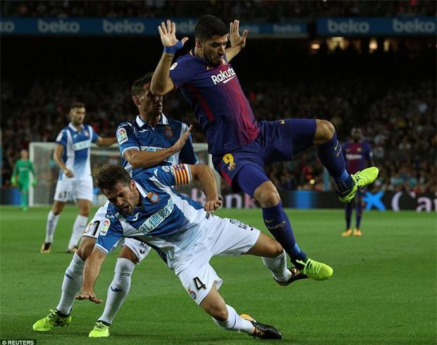 Messi lập hat-trick, Barca thắng 5 sao để hơn Real 4 điểm - Ảnh 6.