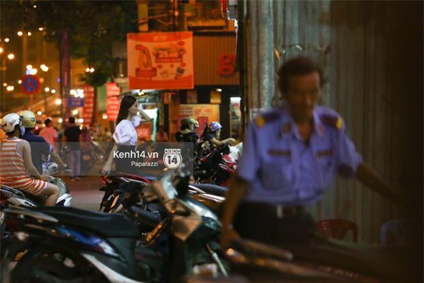 Hà Hồ - Kim Lý lại dính như sam, thân mật ngoài phố và cùng nhau về nhà lúc nửa đêm - Ảnh 6.