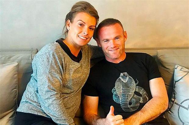 Cô nàng khiến gia đình Rooney xào xáo từng quyến rũ Fellaini - Ảnh 2.
