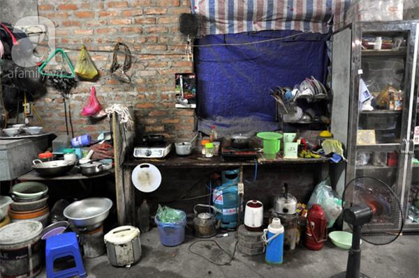 Bài 1: Chuyện về những người ăn cơm 8000đồng/bữa, vui vẻ sống trong biệt thự triệu đô - Ảnh 8.